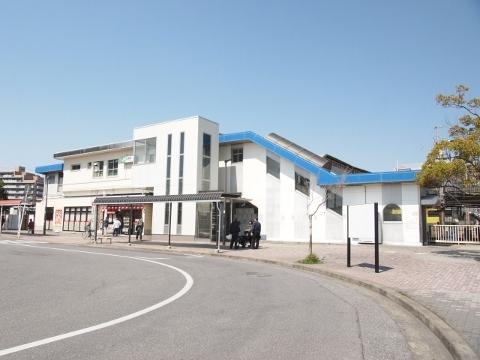 駅舎(南口) (480x360)